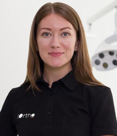 Головлева Юлия Игоревна Врач-стоматолог ортодонт, терапевт